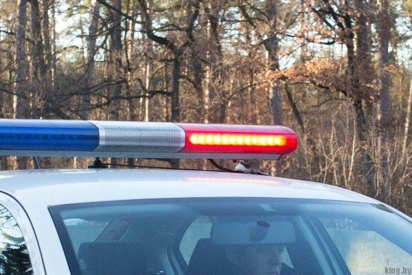 Пьяный пешеход на скоростной трассе - Пьяница ползал по трассе и спровоцировал серьезную аварию
