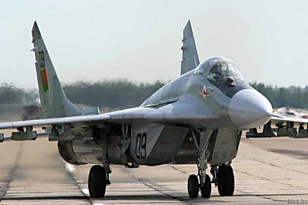 Миг-29 в Бобруйске загорелся